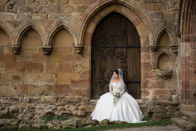 A romantic teepee wedding in Yorkshire with portraits at Bolton Abbey (8)