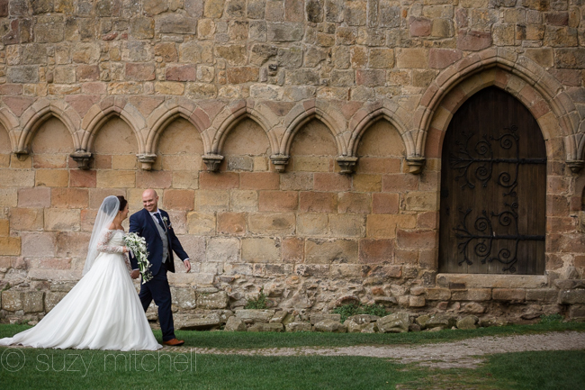 A romantic teepee wedding in Yorkshire with portraits at Bolton Abbey (9)
