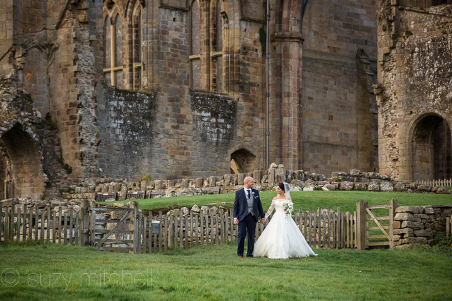 A romantic teepee wedding in Yorkshire with portraits at Bolton Abbey (13)