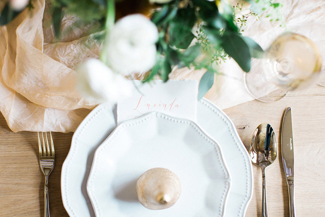 Styling Louise Beukes calligraphy by Claire Gould (4)