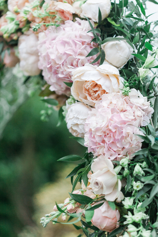 Greenery and statement blooms for an English garden wedding photographed by Bowtie and Belle (12)