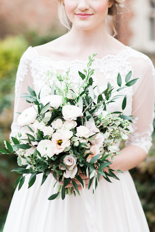 Greenery and statement blooms for an English garden wedding photographed by Bowtie and Belle (5)