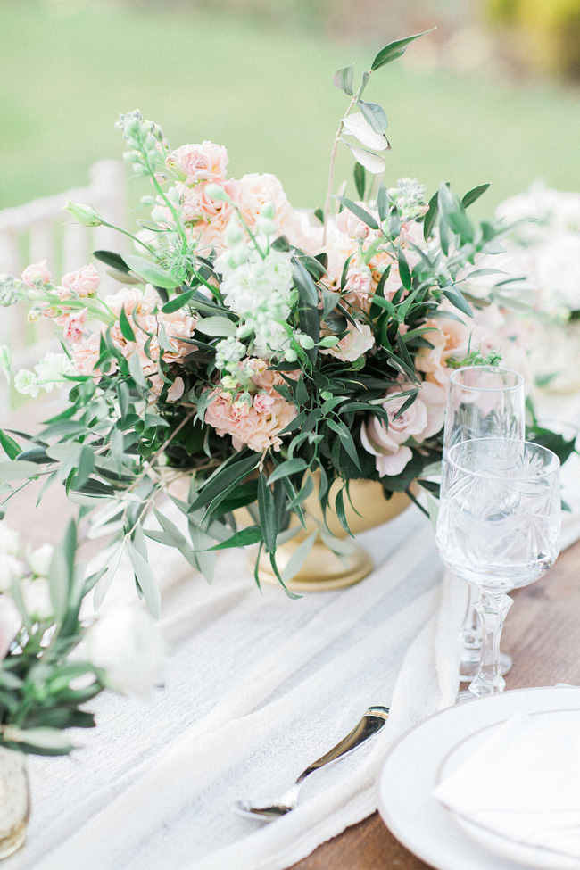 Greenery and statement blooms for an English garden wedding photographed by Bowtie and Belle (25)