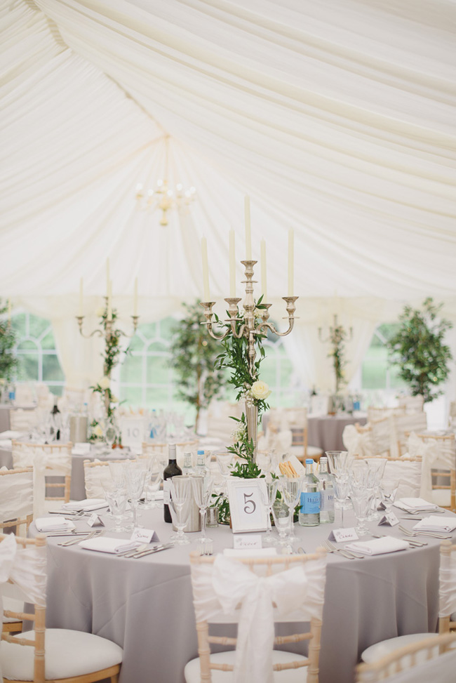 Classic English summer wedding at Ewshot Hall with Susan Arnold Photography (16)