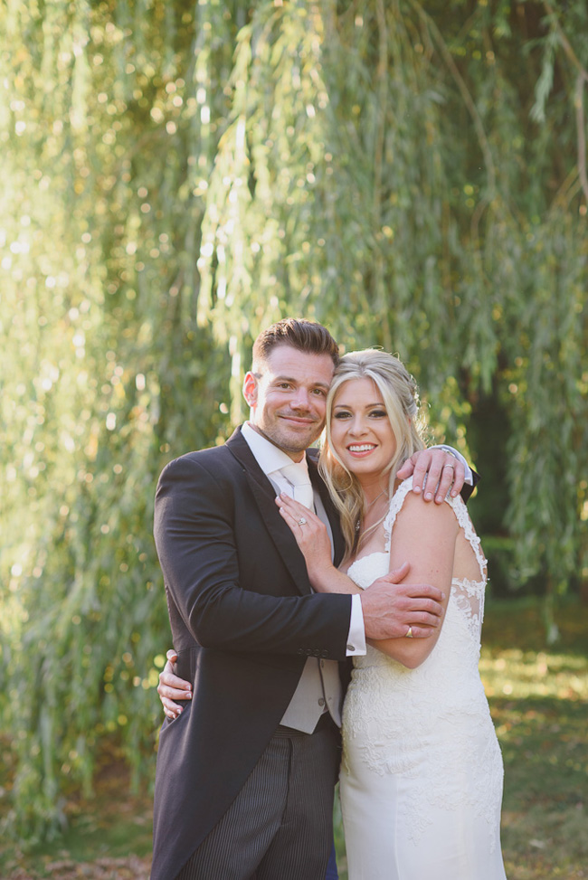 Classic English summer wedding at Ewshot Hall with Susan Arnold Photography (20)
