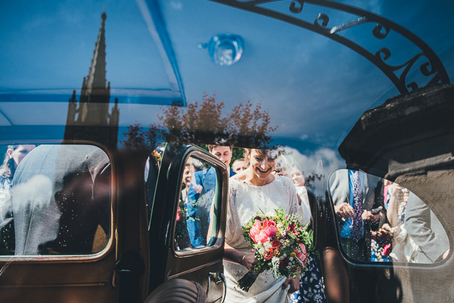Fabulous flowers and amazing wedding tables at Dorney Court, images by Nicola Thompson Photography (13)