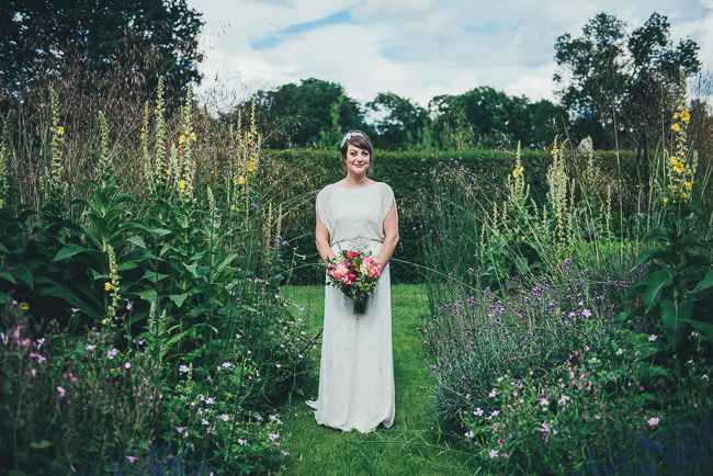 Fabulous flowers and amazing wedding tables at Dorney Court, images by Nicola Thompson Photography (16)