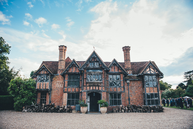 Fabulous flowers and amazing wedding tables at Dorney Court, images by Nicola Thompson Photography (34)
