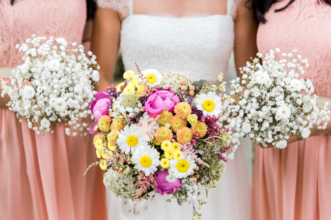 Bright and bold daisy wedding bouquet with tons of colour and afternoon tea - Sophie Evans Photography (20)