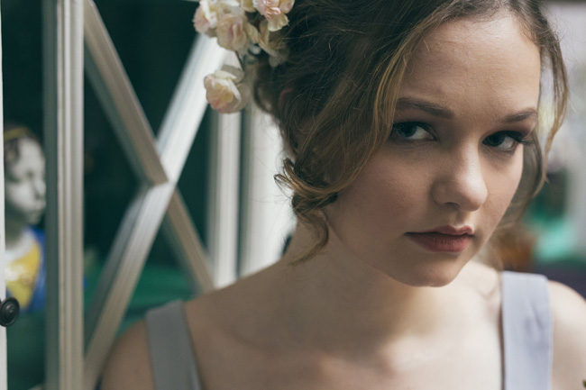 A beautiful natural look for an artisan bride - photoshoot with Stefanie Grisdale mua and Vickerstaff Photography (6)