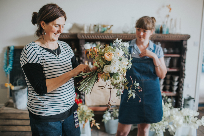Wonderfully creative Wild Bunch flower workshops, image Lisa Webb Photography (29)