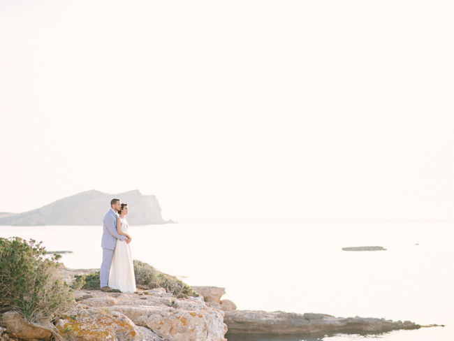 A breathtaking coastal wedding inspiration shoot in Ibiza with Hannah Duffy Photography (1)
