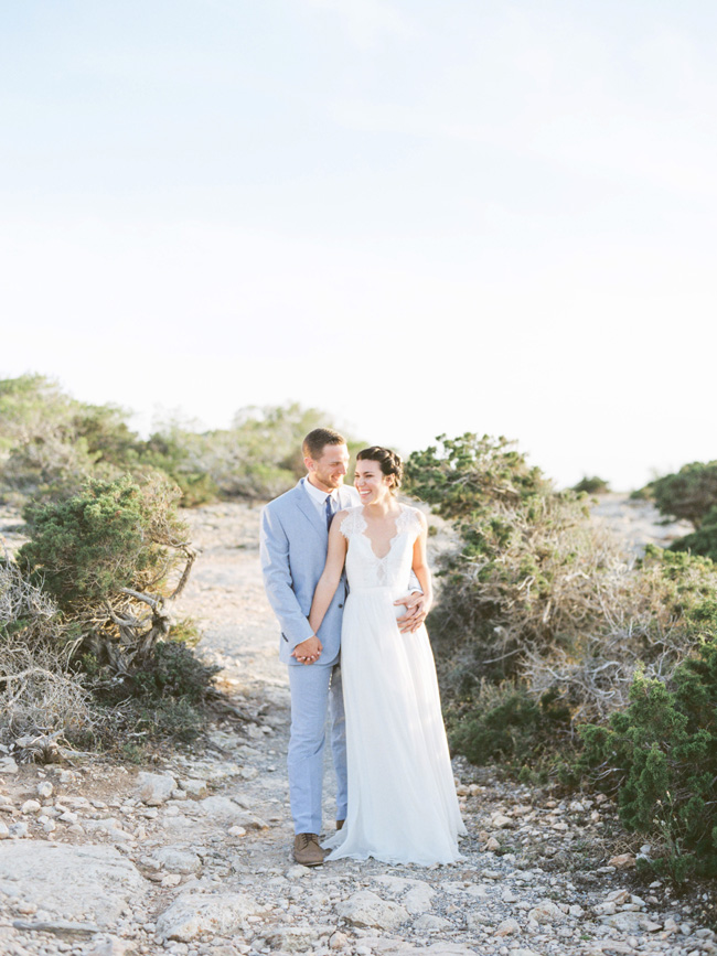 A breathtaking coastal wedding inspiration shoot in Ibiza with Hannah Duffy Photography (9)