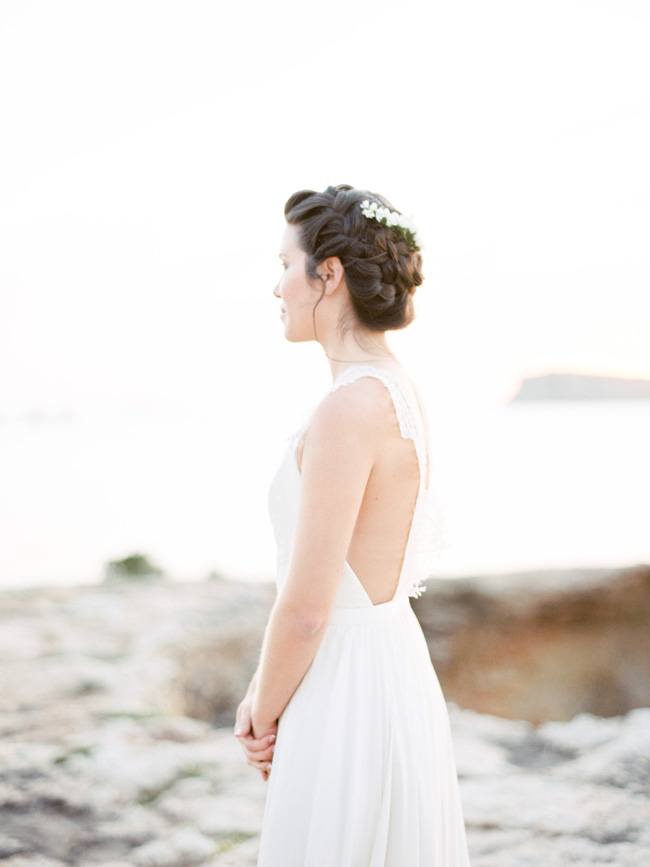 A breathtaking coastal wedding inspiration shoot in Ibiza with Hannah Duffy Photography (15)