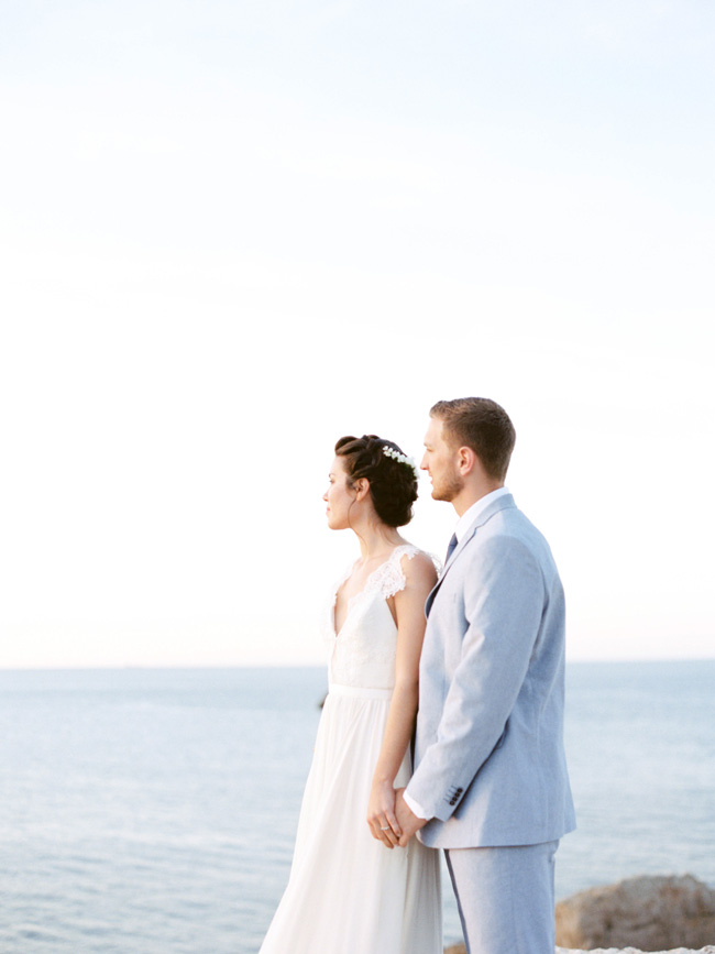 A breathtaking coastal wedding inspiration shoot in Ibiza with Hannah Duffy Photography (22)