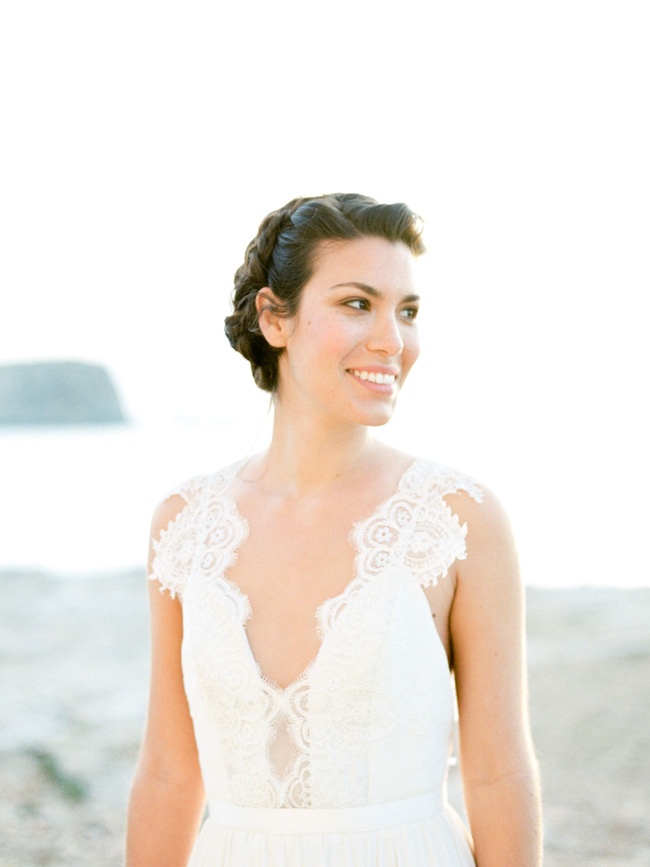 A breathtaking coastal wedding inspiration shoot in Ibiza with Hannah Duffy Photography (32)