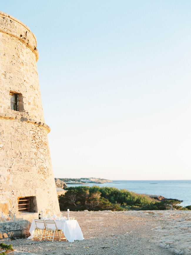 A breathtaking coastal wedding inspiration shoot in Ibiza with Hannah Duffy Photography (33)