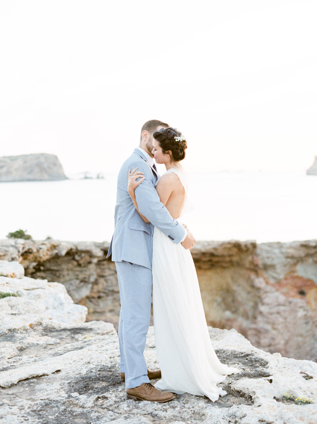 A breathtaking coastal wedding inspiration shoot in Ibiza with Hannah Duffy Photography (38)