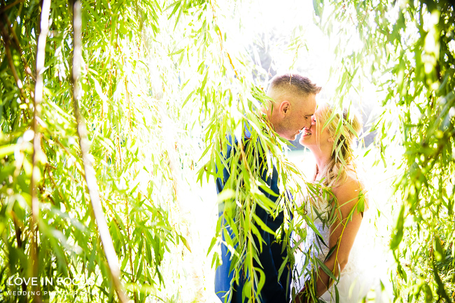 Reportage, relaxed and refreshing Bristol wedding photographers Love In Focus (11)