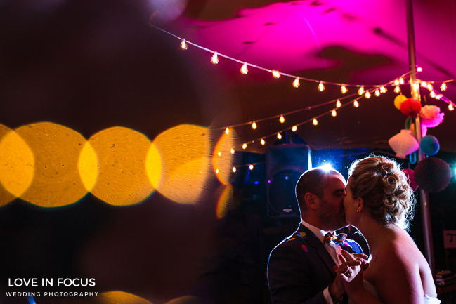 Reportage, relaxed and refreshing Bristol wedding photographers Love In Focus (8)