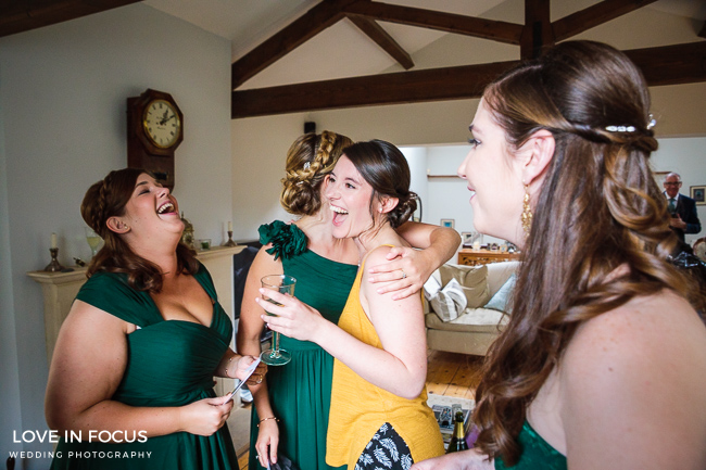 Reportage, relaxed and refreshing Bristol wedding photographers Love In Focus (7)