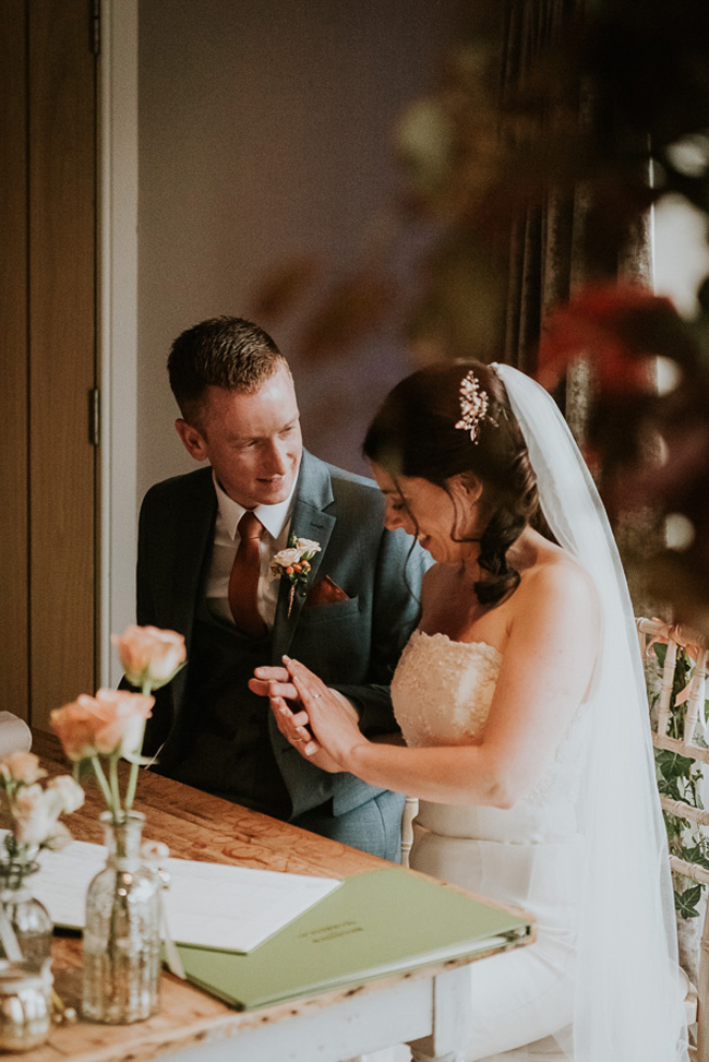 Beautiful, romantic and emotive wedding photography in Cheltenham by Sheryl at Oobaloos (18)