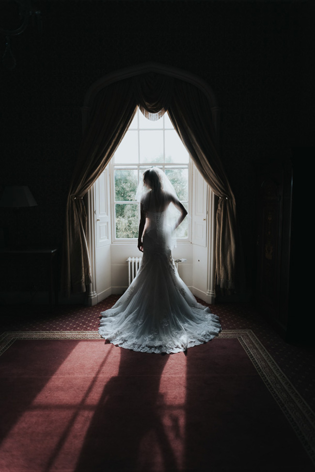 Beautiful, romantic and emotive wedding photography in Cheltenham by Sheryl at Oobaloos (20)