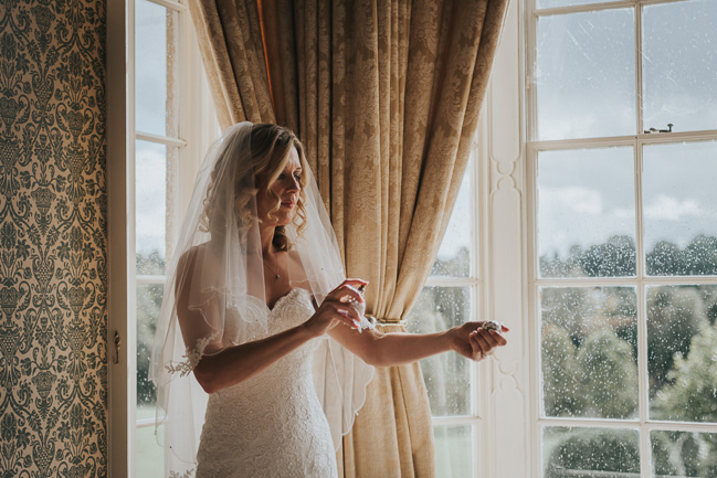 Beautiful, romantic and emotive wedding photography in Cheltenham by Sheryl at Oobaloos (9)