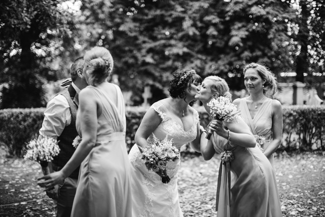 Relaxed, fun barn wedding in Derbyshire - images by Sally Eaves Photography (9)