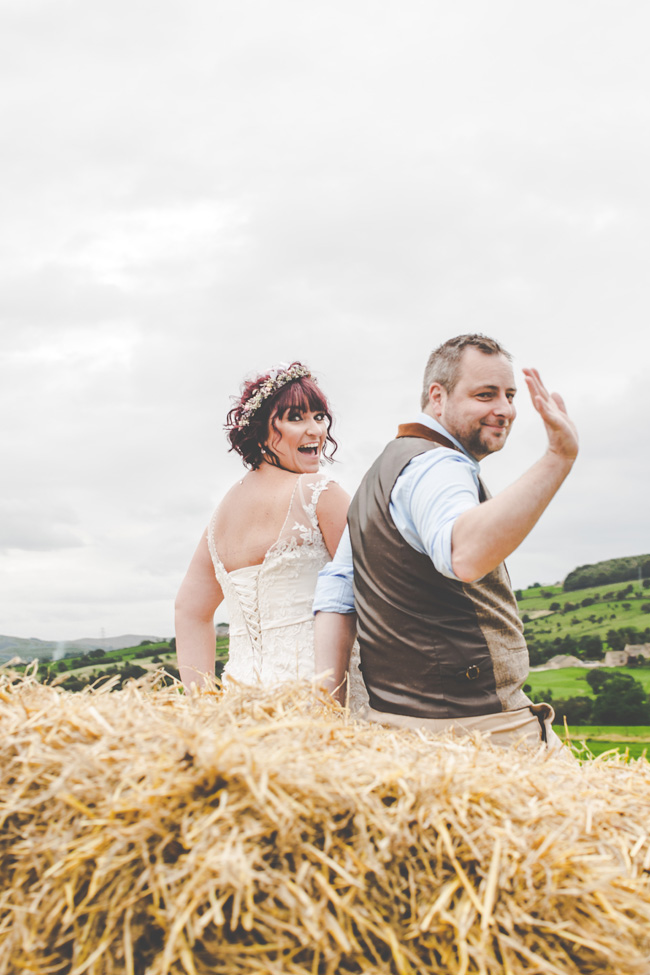 Relaxed, fun barn wedding in Derbyshire - images by Sally Eaves Photography (15)