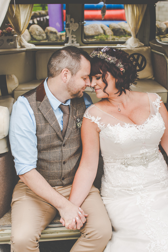 Relaxed, fun barn wedding in Derbyshire - images by Sally Eaves Photography (26)