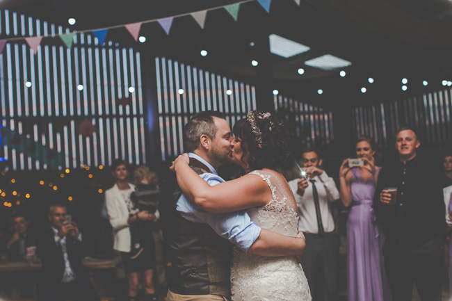 Relaxed, fun barn wedding in Derbyshire - images by Sally Eaves Photography (32)