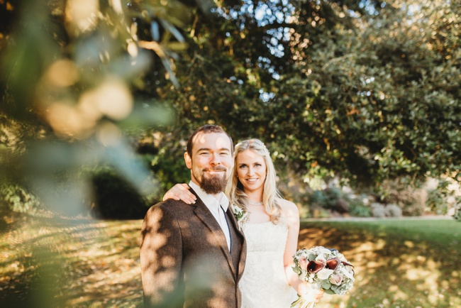 Winter wedding ideas for a simple and elegant day. Images by Holly Collings Photography (25)