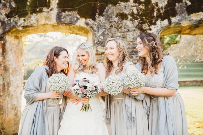 Winter wedding ideas for a simple and elegant day. Images by Holly Collings Photography (30)