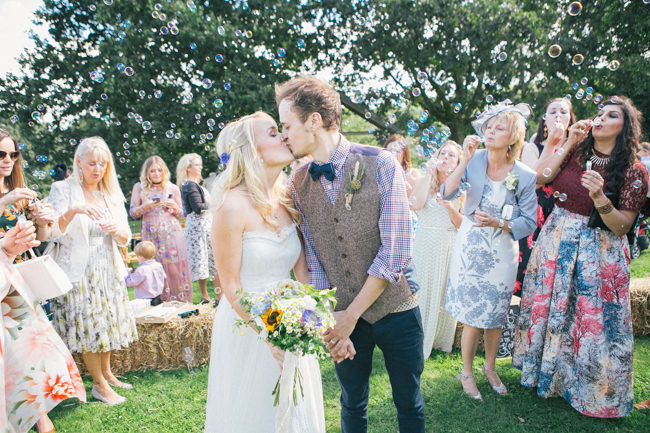 A fabulous summer wedding with cider and scarecrows! Emma Stoner Weddings (24)