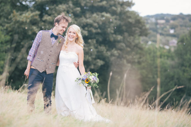 A fabulous summer wedding with cider and scarecrows! Emma Stoner Weddings (25)