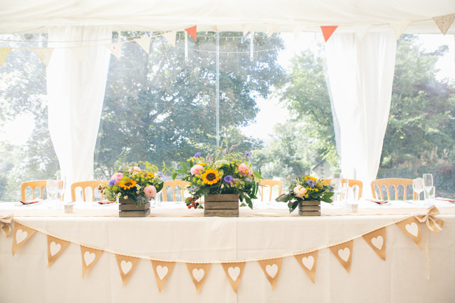 A fabulous summer wedding with cider and scarecrows! Emma Stoner Weddings (6)
