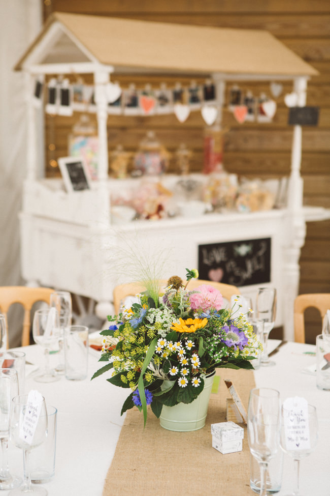 A fabulous summer wedding with cider and scarecrows! Emma Stoner Weddings (7)