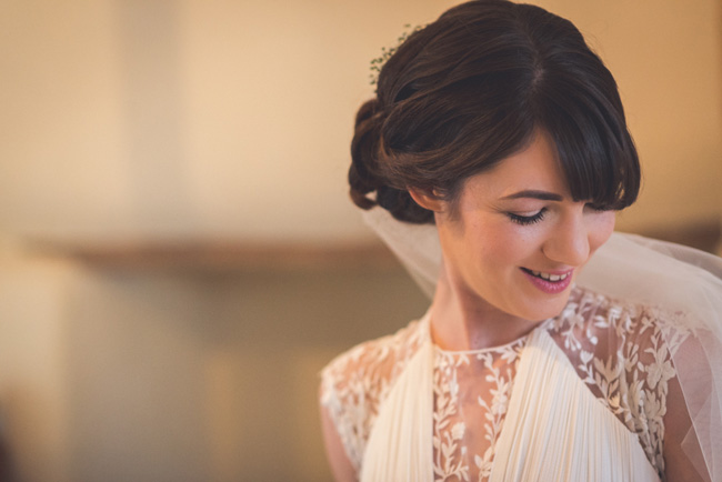Elegant bridal style and a fun, relaxed Oak Barn wedding in beautiful Devon. Image by Lee Maxwell Photography (3)