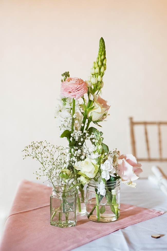Pretty details and summer florals for a Pledgdon Barn wedding blog. Images Fiona Kelly Photography (23)