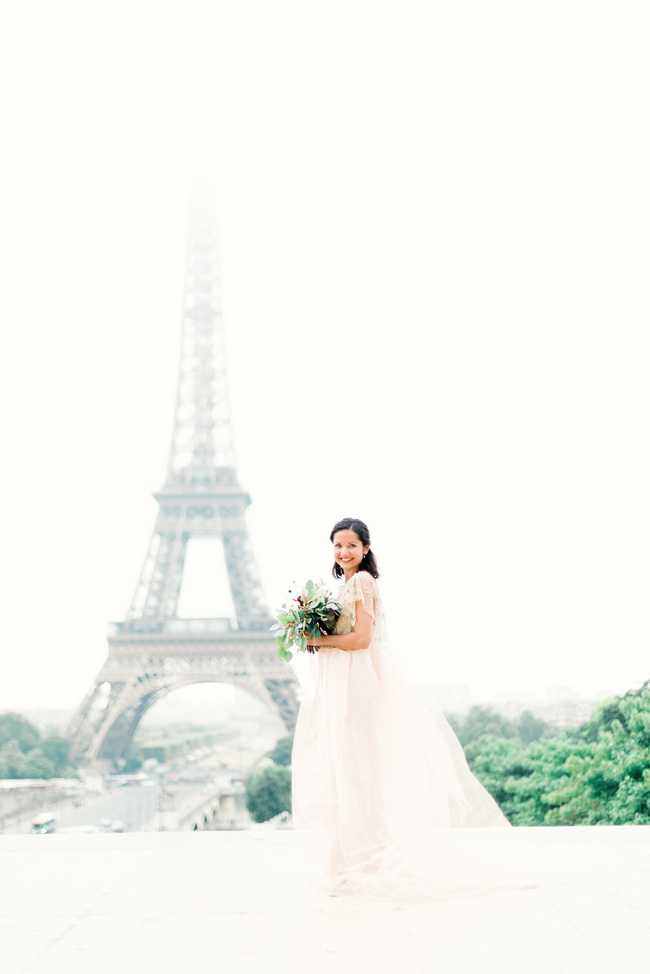 Romance and sunshine in Paris - a beautiful elopement story with Victoria JK Lamburn Photography (6)