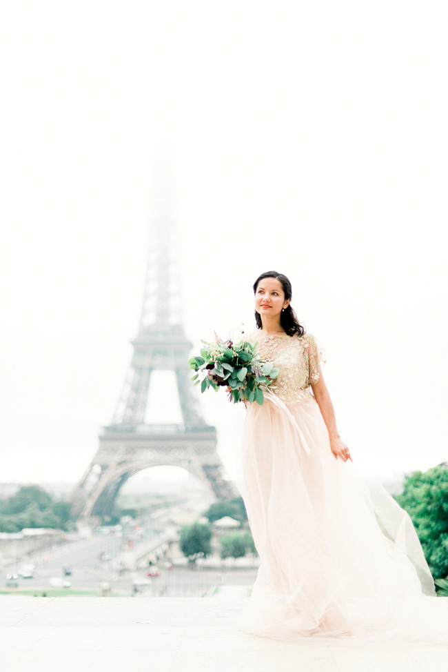 Romance and sunshine in Paris - a beautiful elopement story with Victoria JK Lamburn Photography (8)