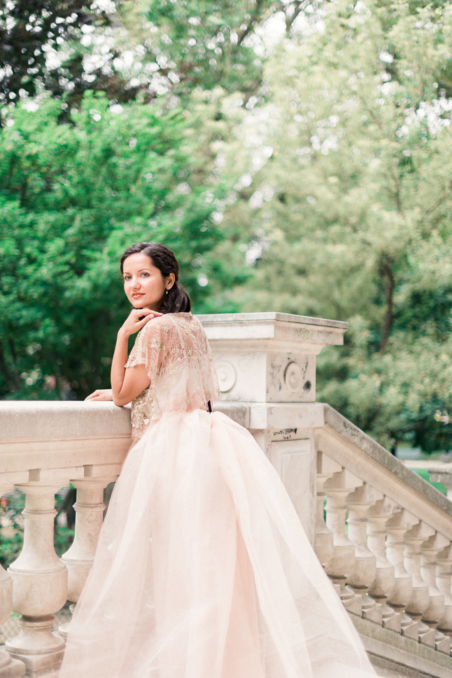 Romance and sunshine in Paris - a beautiful elopement story with Victoria JK Lamburn Photography (15)