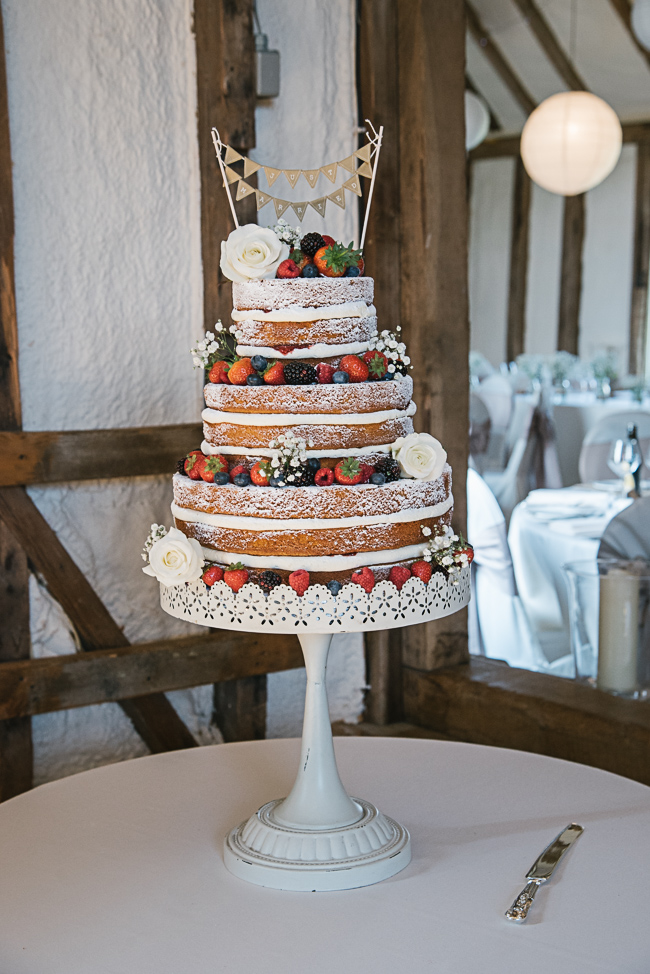 A prettily decorated elegant barn wedding in Kent with Penny Young Photography (23)