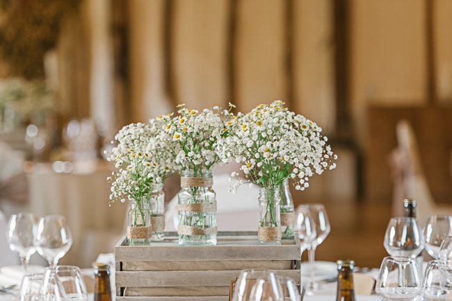 A prettily decorated elegant barn wedding in Kent with Penny Young Photography (27)
