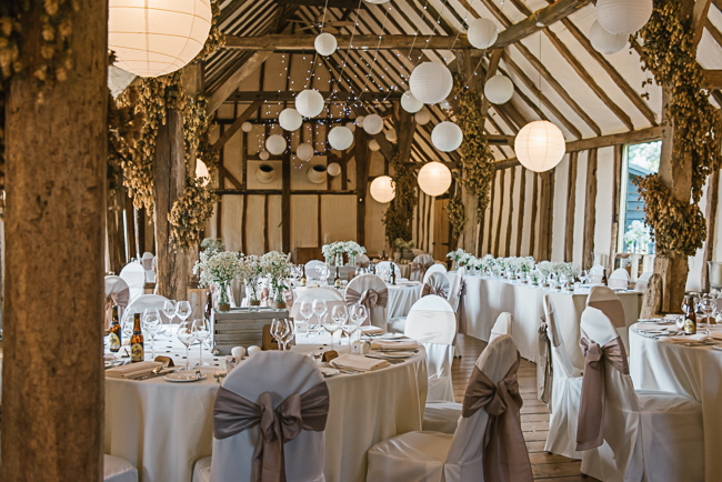 A prettily decorated elegant barn wedding in Kent with Penny Young Photography (29)
