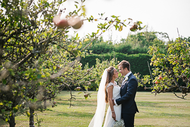 A prettily decorated elegant barn wedding in Kent with Penny Young Photography (33)