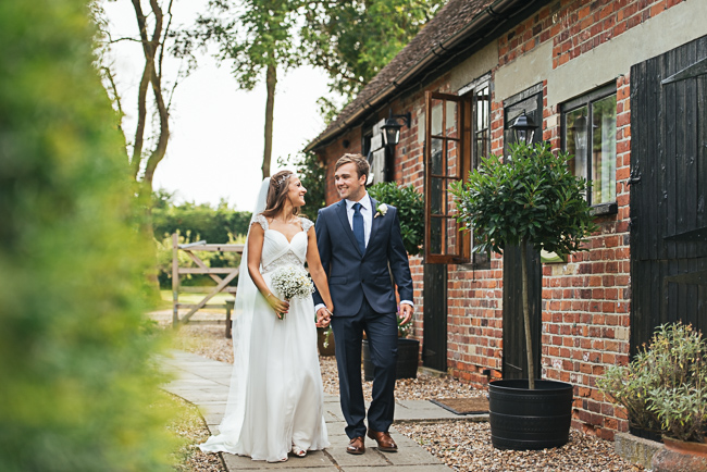 A prettily decorated elegant barn wedding in Kent with Penny Young Photography (37)