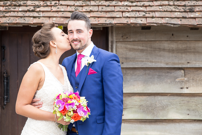 Tropical wedding inspiration at Skylark Country Club with VeVi Photography (22)