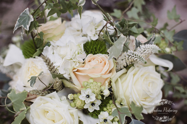 Beautifully elegant white wedding style inspo from the Lake District, on the English Wedding Blog (5)